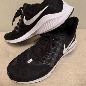 Women's Nike Zoom Vomero 14